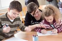 Budoucí školáci zaplnili sedm tříd základní školy.