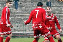 Po šesti prohrách se fotbalisté Neštěmic radovali z výhry.