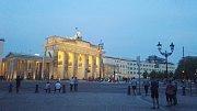Braniborská brána je jako symbol rozdělení a sjednocení Německa.