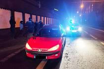 Ústečtí strážníci zastavili auto, za jehož volantem seděl šestnáctiletý mladík
