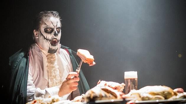 Z natáčení videoklipu Toxic People -Hladolet.