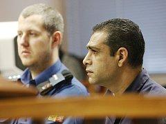 Odsouzený vrah Milan Oračko žádá obnovu řízení.