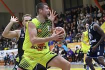 Basketbalové derby Ústí nad Labem a Děčín se už hrát v této sezoně nebude.
