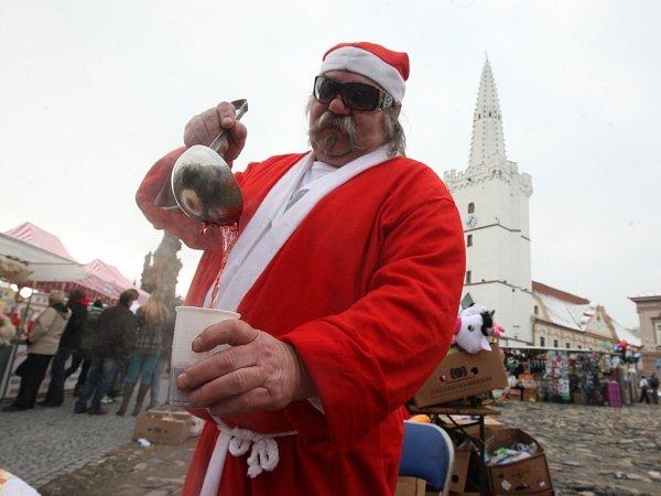 Vánoční trhy vKadani.