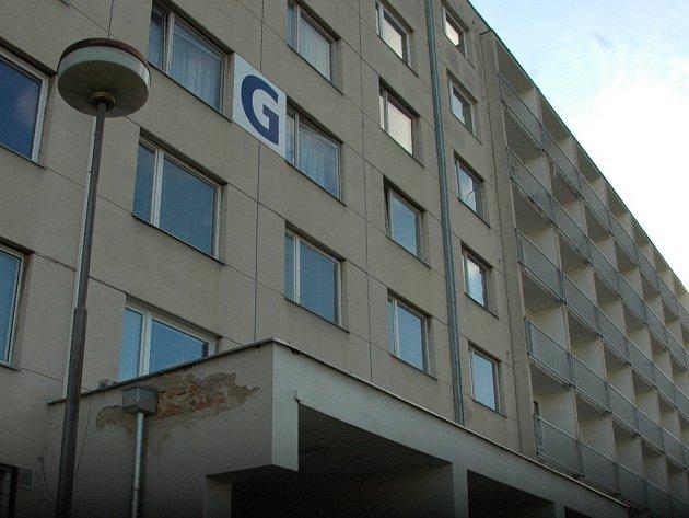 Pacient vysočil z okna v pavilonu G Masarykovy nemocnice.