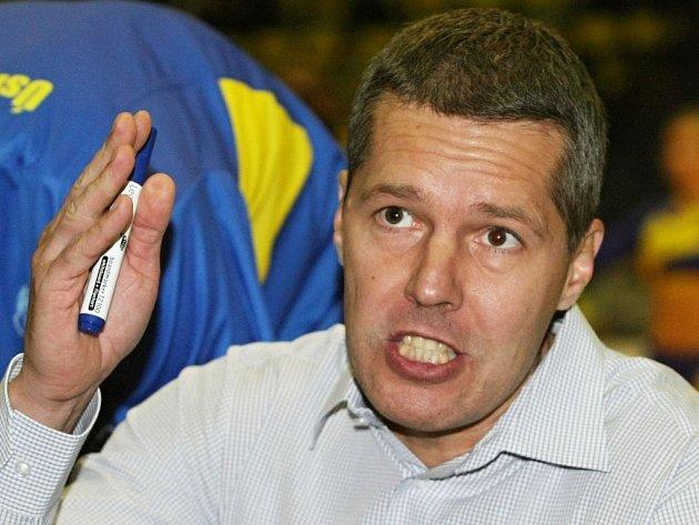Nový trenér ústeckých basketbalistů Peter Bálint věří, že se tým posune do vyšších pater tabulky.