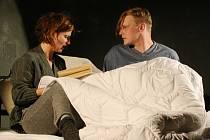 Silný Hlas srdce je pln emocí, lásky, rozčarování. Hrají v něm Anita Krausová, Jan Jankovský a Achab Haidler.