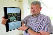 APLIKACI, která bude dostupná v mobilu či tabletu, ukazuje mluvčí Památníku Tomáš Rieger.