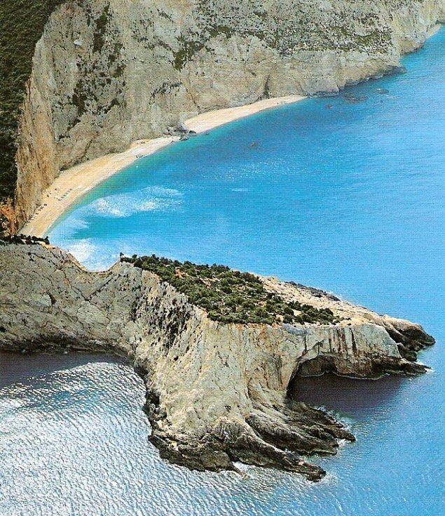 Čtvrtý největší ostrov Řecka byl původně poloostrovem.