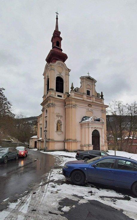 Obvod Střekov v Ústí nad Labem. Kostel
