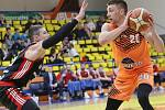 Basketbalový zápas Ústí a Svitavy, nadstavbová část A1 2018/2019. Spencer Svejcar