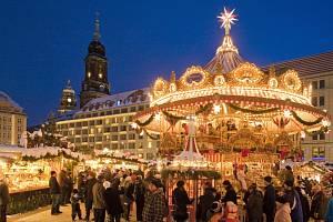 Vánoční drážďanský trh Striezelmarkt se poprvé konal již v roce 1434.