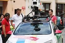 Vůz mapující ulice pro aplikace Street View by se měl v ústeckých ulicích zdržet jen pár dní.