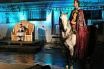 V bývalé výrobní hale místní likérky se odehrál příběh o kruté době Jindřicha VI. Činoherák zde zkoušel generálku hry.