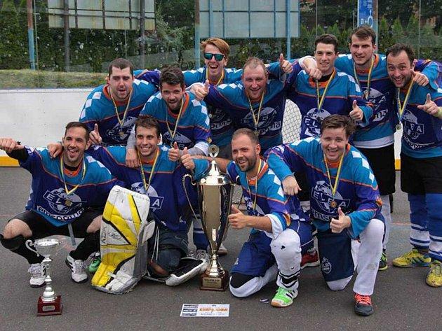 Ústečtí hokejbalisté ovládli 13. ročník mezinárodního turnaje Killers Cup v Litoměřicích.