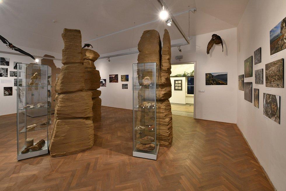 Skalní věže zoceněné výstavy putují do národního parku