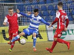 Fotbalové utkání mezi Armou Ústí nad Labem a FK Pardubice.