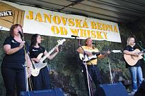 Náplava samozřejmě nemohla chybět ani na tradičním festiválku Janovská Bedna od whisky.