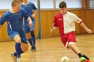 Ústecký klub Lokomotif daroval po futsalovém turnaji přes 70 tisíc korun na charitu