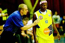 Americký rozehrávač a třetí nejlepší střelec soutěže Thaddus McFadden je největším trumfem v sestavě trenéra basketbalistů Ústí Romana Bednáře.