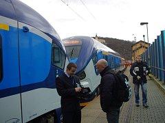 Ústecký kraj vypravil turistické vlaky RegioShark na Moldavu.
