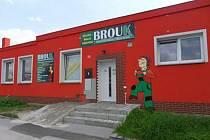 Firma Brouk je na trhu dvacet let. Za tu dobu vyrobila tisíce pracovních oděvů.