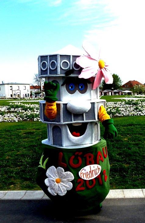 Maskot výstavy - vyhlídková věž.