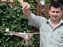 Svět fantazie přibližuje dětem Vítězslav Fischer se svými mravenci.