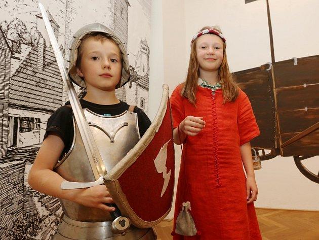 V muzeu obléknete husitskou zbroj.