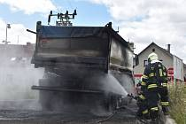 Požár nákladního auta v Přestanově.
