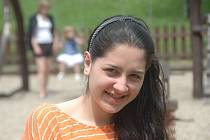 Loren Elizabeth Esteves de Freitas. To je celé jméno šestnáctileté Brazilky.