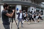 Fotografie z natáčení videoklipu.