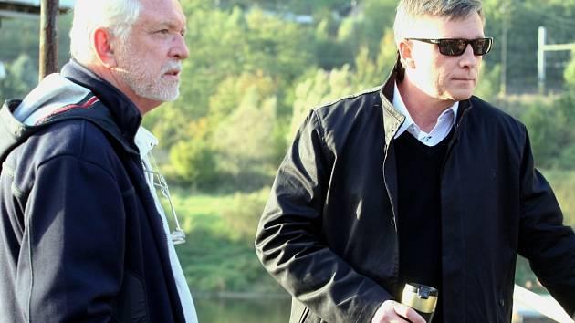 Jaromír Hanzlík a Michal Dlouhý při natáčení v Děčíně v roce 2013.