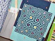 Předlická Stará Konírna vystavila barevný patchwork