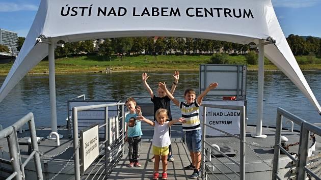 Od soboty 25. září, až do konce měsíce října, je opět v provozu lodní linka T92 z Ústí nad Labem do Děčína, a to vždy v sobotu, v neděli a ve státní svátek.