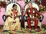 Ústečan se stal hvězdou v miliardové Indii. Vzal si tamní ženu