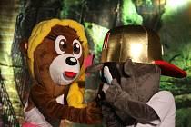 Vystoupení medvídků Mioli v Domě kultury.