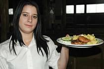 Jako každý čtvrtek, tak i tento týden se vařilo ve Sport Pubu Zlatopramen podle čtenářů.