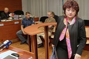 Jana Vaňhová u soudu.