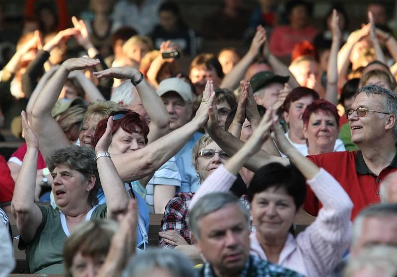 Maraton Fešáků v ústeckém letním kině v roce 2010