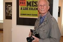 Adolf Čejchan zve na komentovanou prohlídku své výstavy.