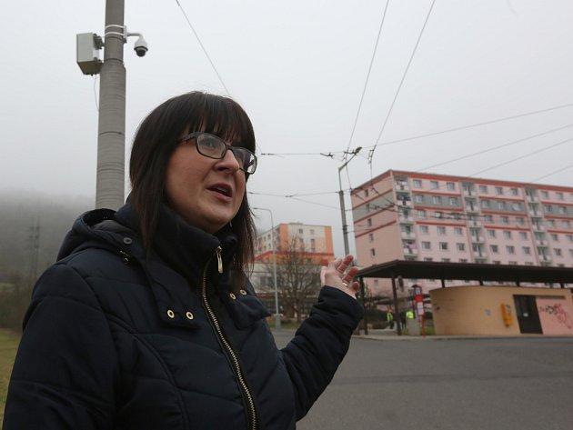 Na pořádek v okolí trolejbusové točny dohlíží nová kamera napojená na systém městské policie.