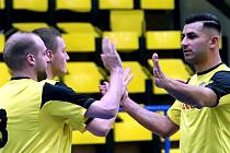Futsalisté Rapidu (zleva Tomáš Vobořil, Tomáš Jelínek, Lukáš Krok)