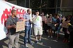 Demonstrace obyvatel z ústeckých ubytoven u Fora