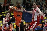 Basketbalové utkání Ústí - Pardubice