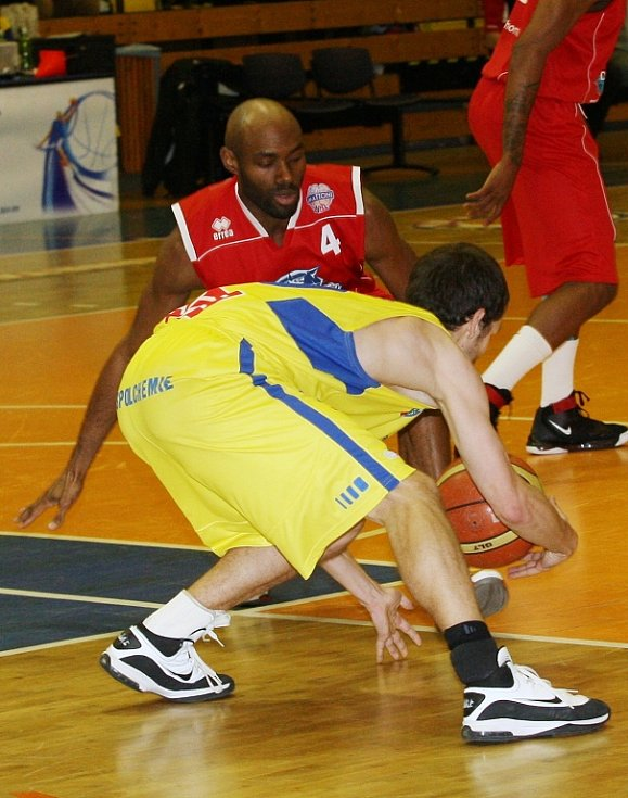 Boj o play off basketbalové ligy? To bude drama.