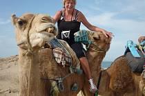"""""""Jízda na velbloudu byla zážitek,"""" pochvalovala si Marta Forgáčová z Trnobran u Úštěka, která si jí udělala radost při svojí dovolené v Tunisku."""