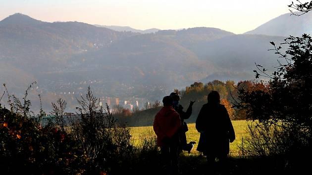 Erbenova vyhlídka nabízí rozsáhlý pohled na Ústí nad Labem.