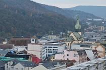 Centrum města jako na dlani. Tak přesně takto je vidět Ústí z Mariánské skály.