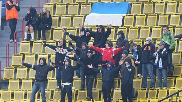 Z fotbalového utkání mezi ústeckou Armou a týmem z Olomouce.